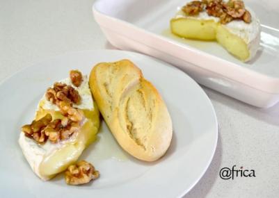 camembert con nueces